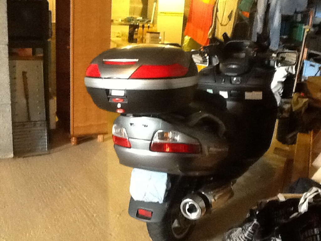 SUZUKI Burgman 650 Exécutive winter pack 2011