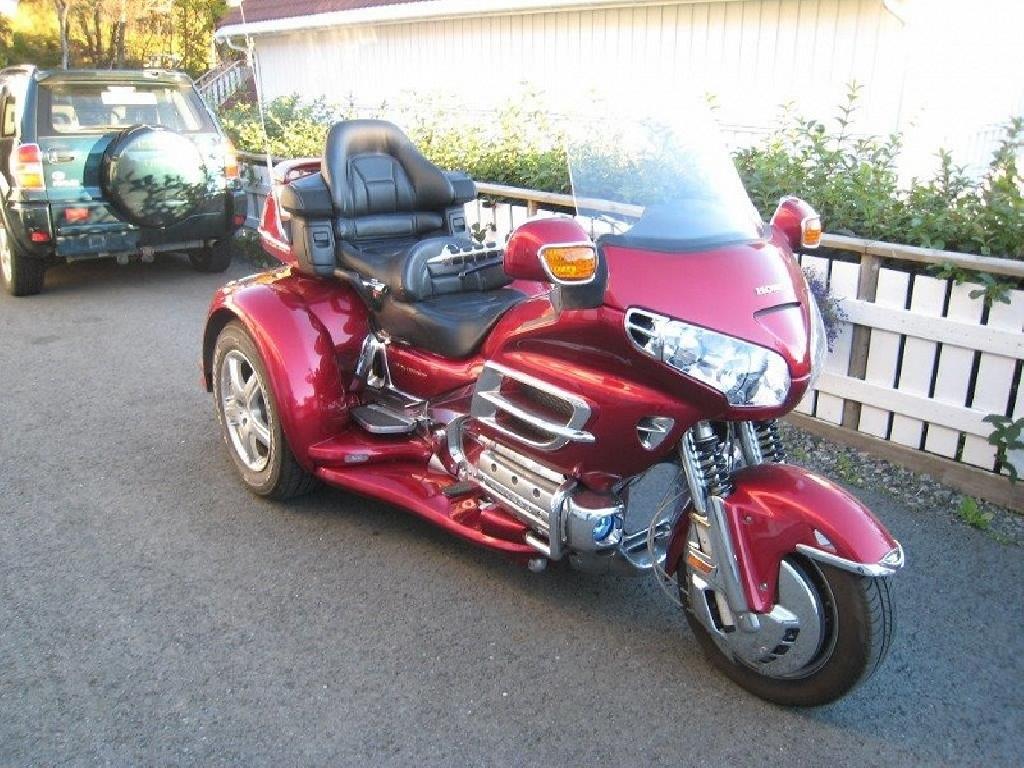 moto honda goldwing 3 roues occasion. Black Bedroom Furniture Sets. Home Design Ideas