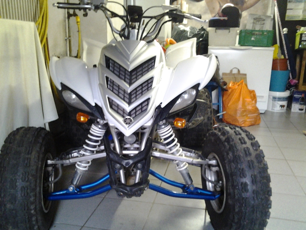 YAMAHA YFM 700 R Raptor white carbone 2008 photo 1