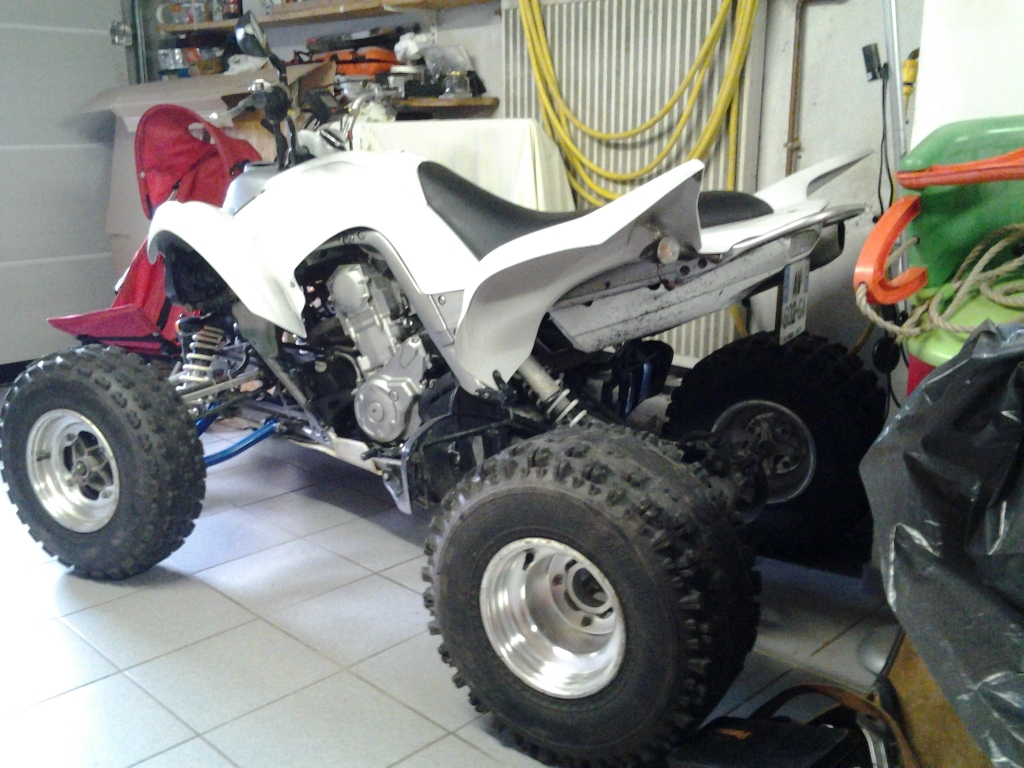 YAMAHA YFM 700 R Raptor white carbone 2008 photo 2