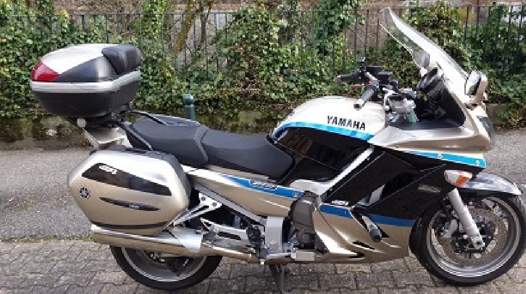 YAMAHA FJR 1300 Limited 2010 photo 1