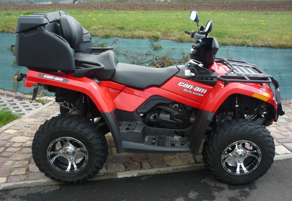 CAN-AM BOMBARDIER Outlander 400  2012 photo 3