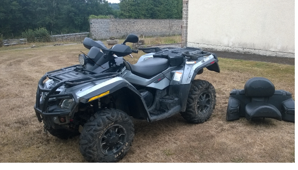 CAN-AM BOMBARDIER Outlander 800  2011