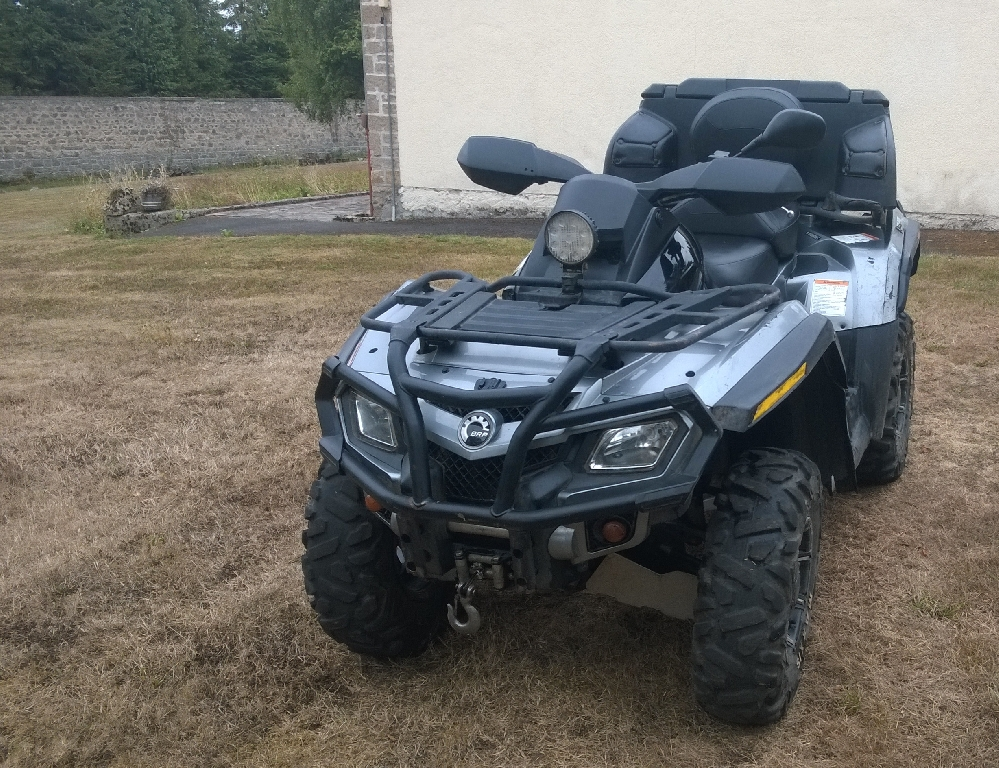 CAN-AM BOMBARDIER Outlander 800  2011 photo 3
