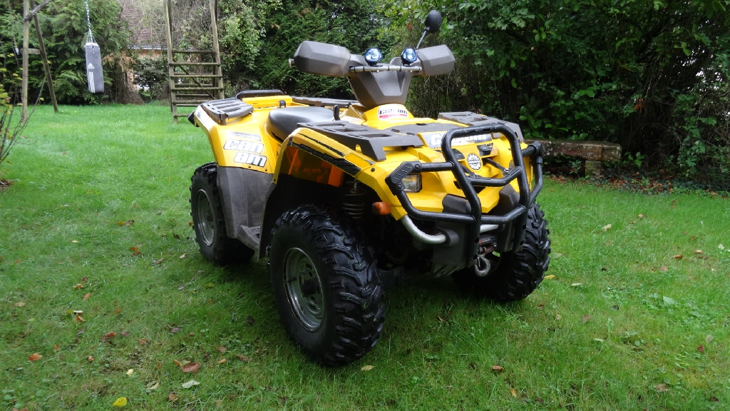 CAN-AM BOMBARDIER Outlander 400 XT  2004