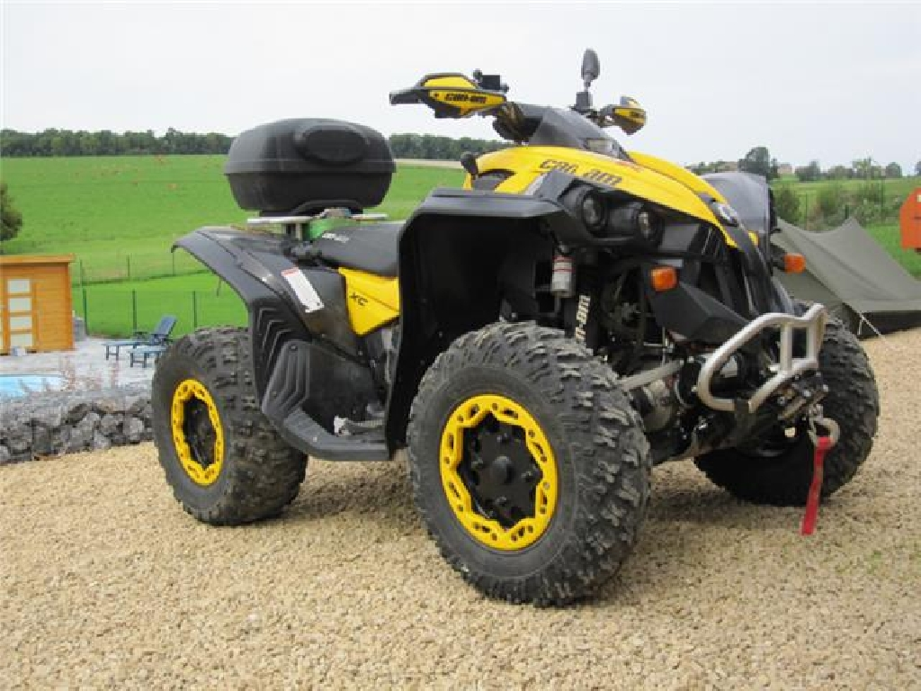 CAN-AM BOMBARDIER Renegade 800  2010
