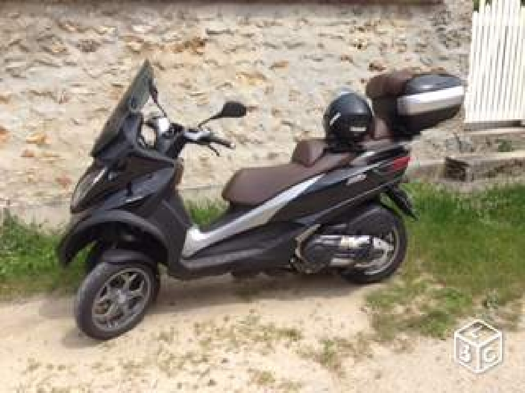 piaggio mp3 500 business abs asr 2014 d occasion 78830 bullion yvelines 5 000 km 7 200. Black Bedroom Furniture Sets. Home Design Ideas
