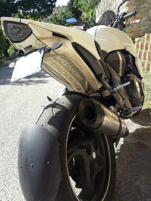 HONDA CB 1000 R  2010 photo 2