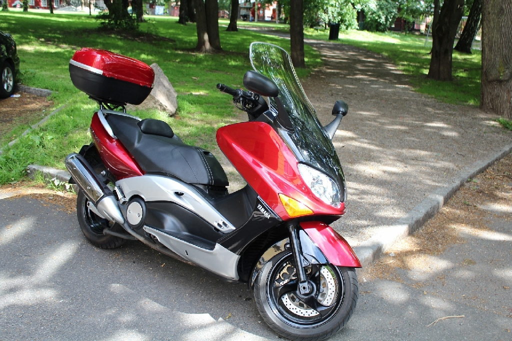 yamaha t max 500 2002 d occasion 14000 caen calvados 22 800 km 1 600. Black Bedroom Furniture Sets. Home Design Ideas