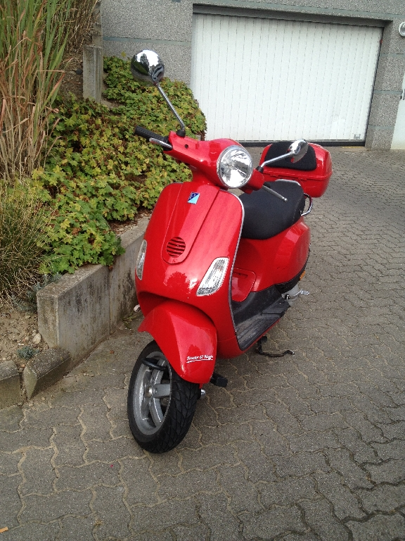 PIAGGIO Vespa 50  2009 photo 1