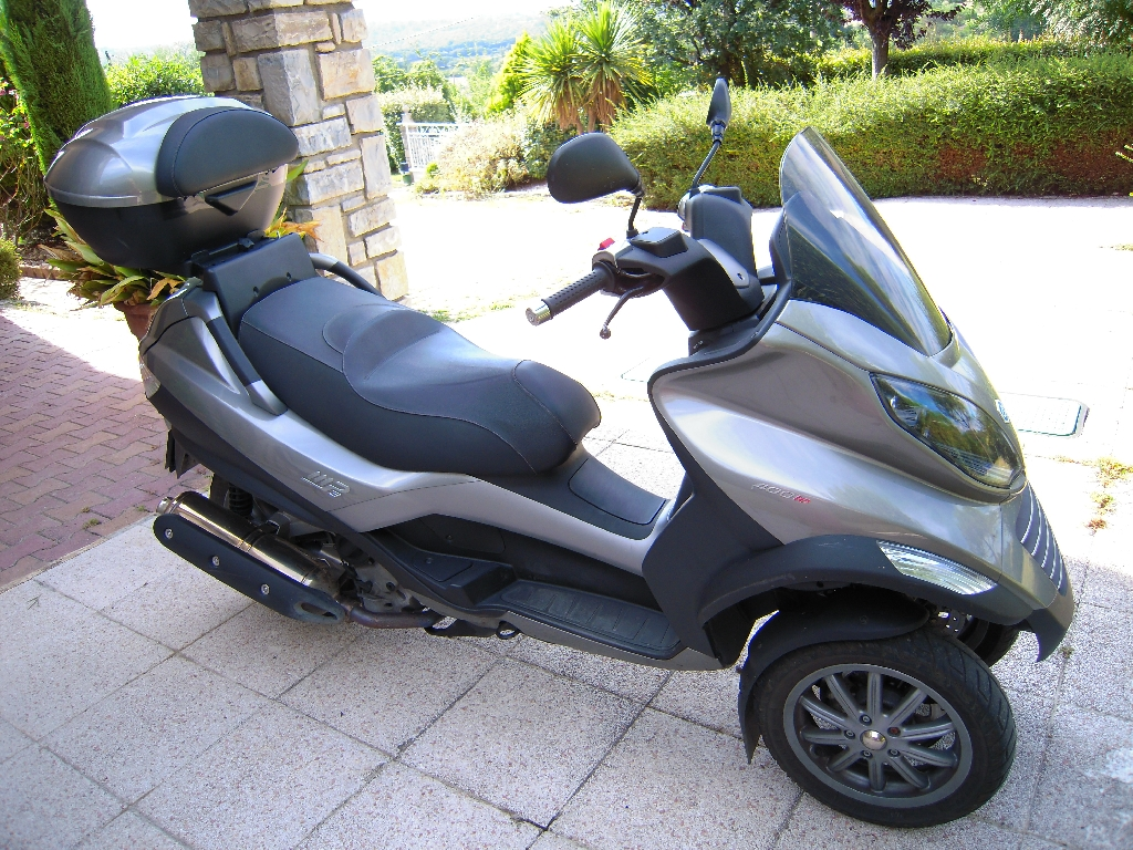 PIAGGIO MP3 500 LT SPORT 2011 photo 1