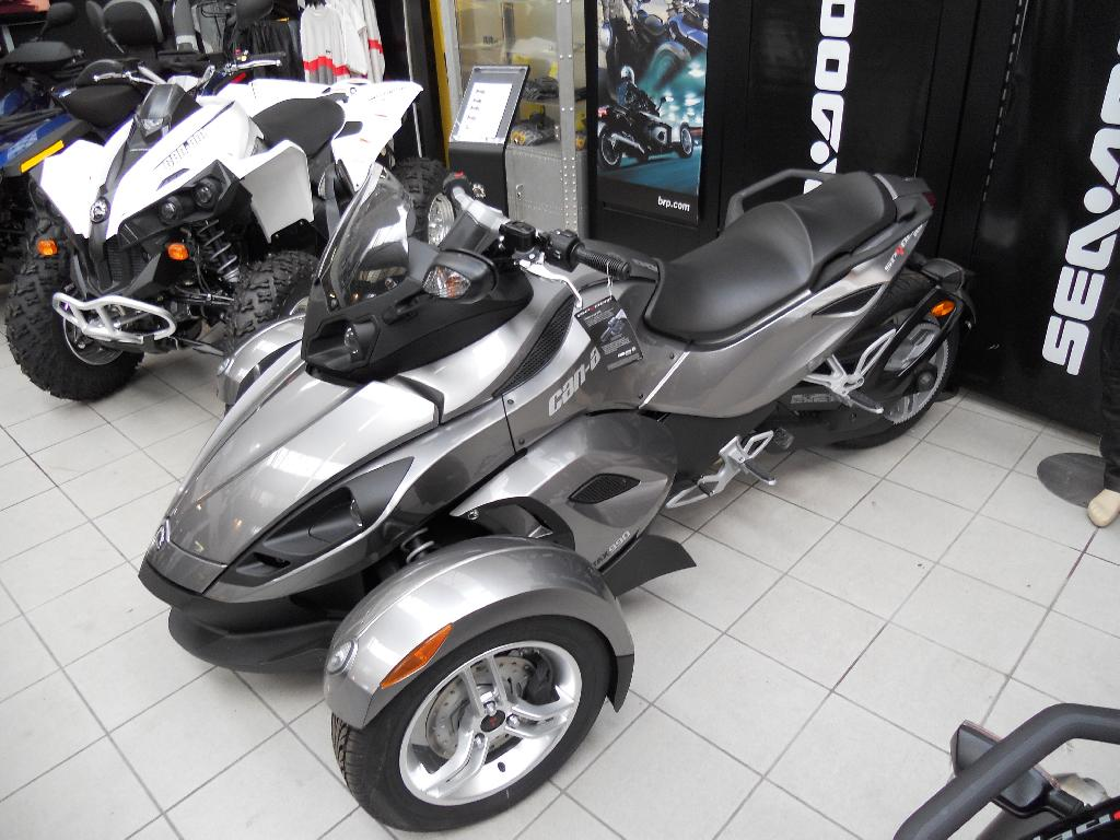 can am spyder rs sm5 occasion de 2011 450 km 14 100 jet7 performances. Black Bedroom Furniture Sets. Home Design Ideas