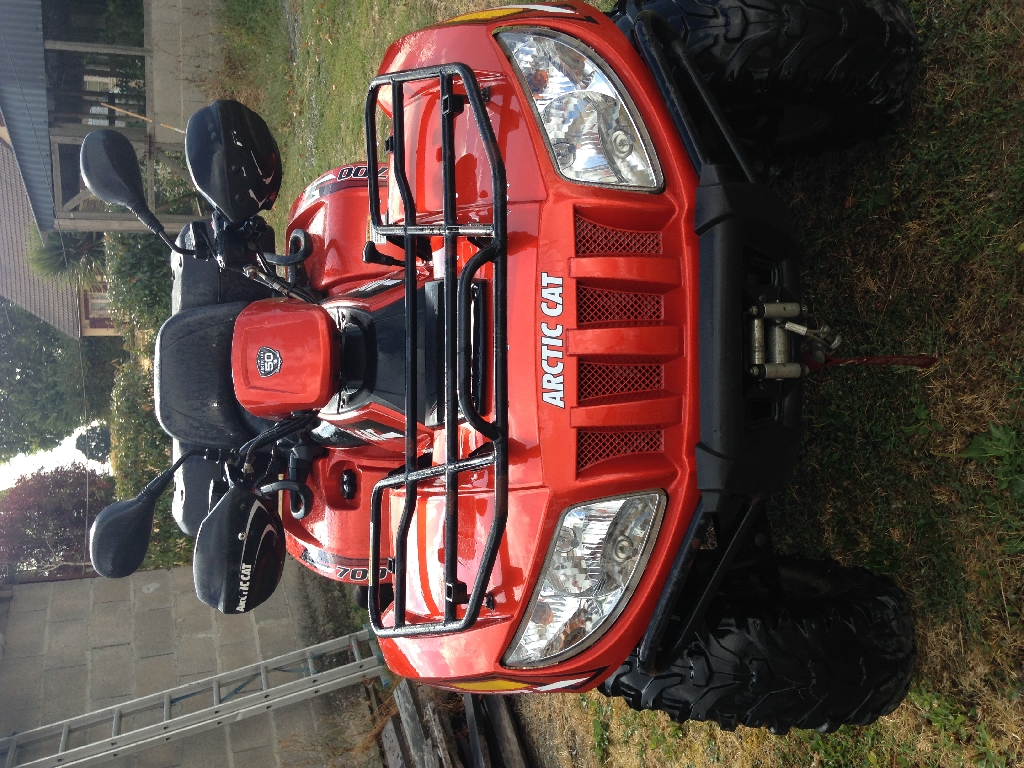 ARCTIC CAT 700  2011 photo 2