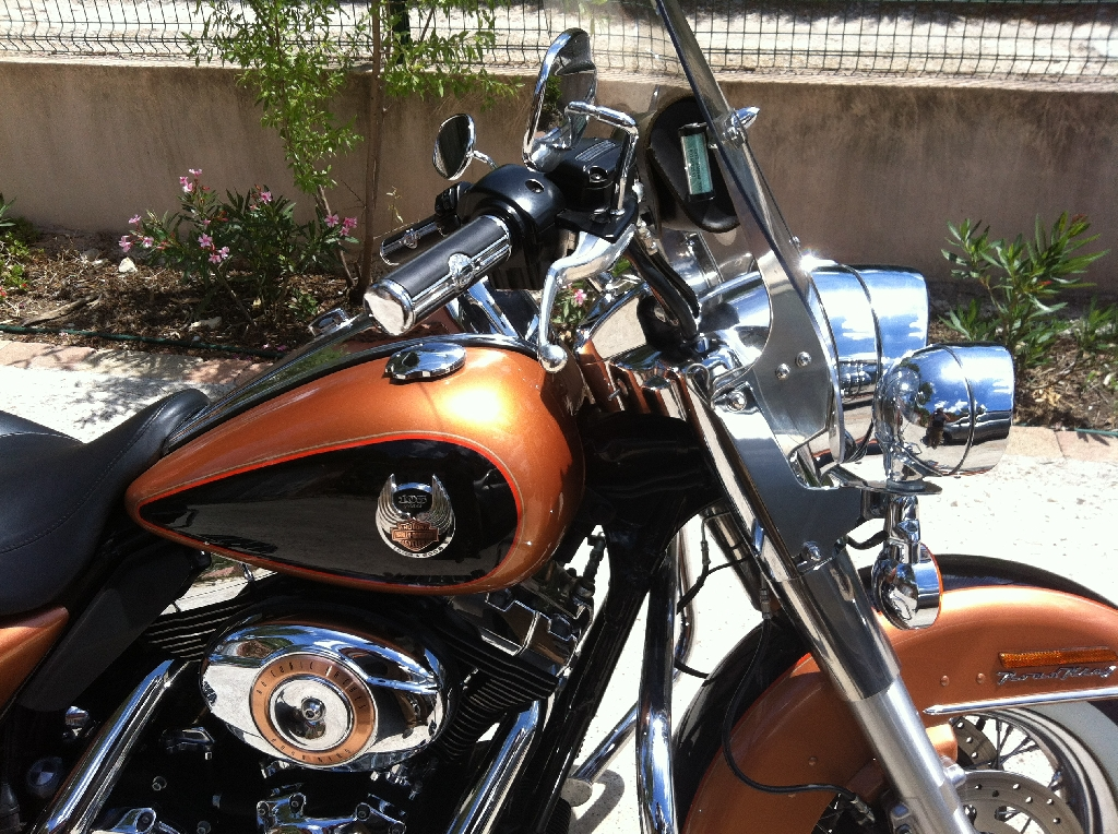 HARLEY-DAVIDSON Road King 1584 serie anniversaire  2008 photo 2