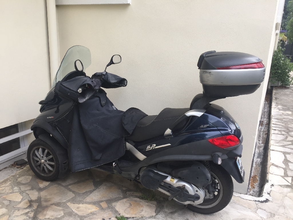 PIAGGIO MP3 400 LT 2011 photo 2