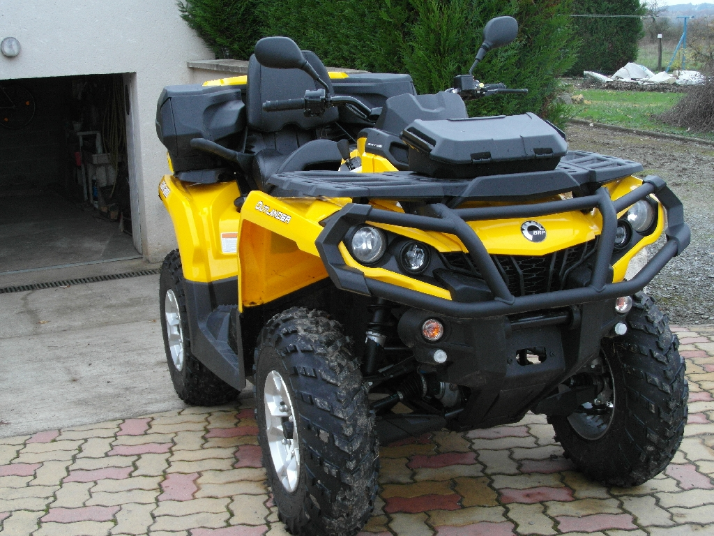 CAN-AM BOMBARDIER Outlander 800 max dps 2014 photo 2
