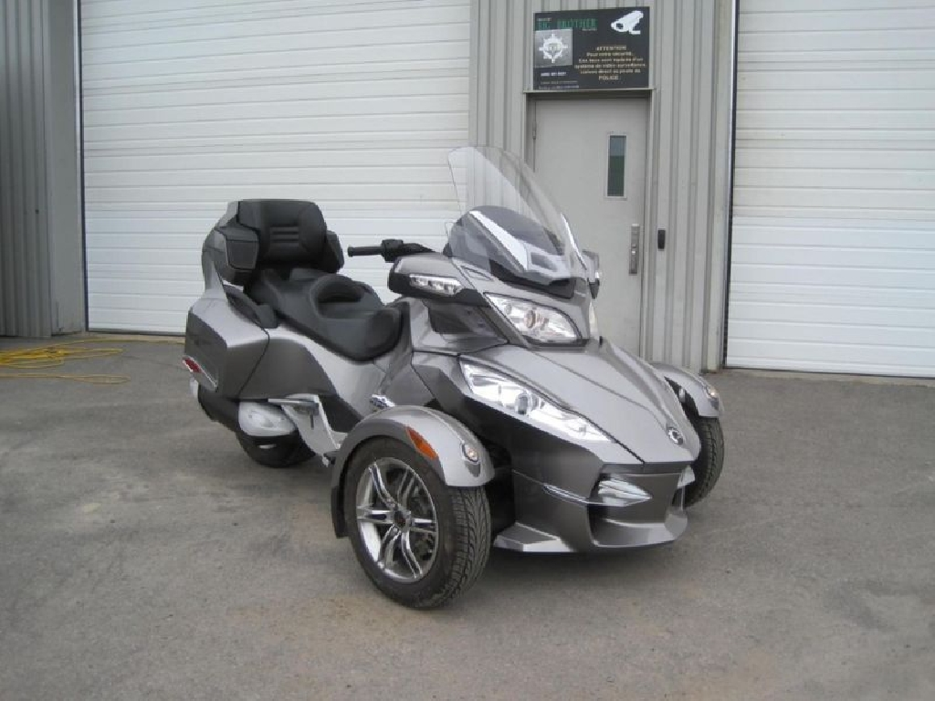 CAN-AM BOMBARDIER Outlander 1000  2011