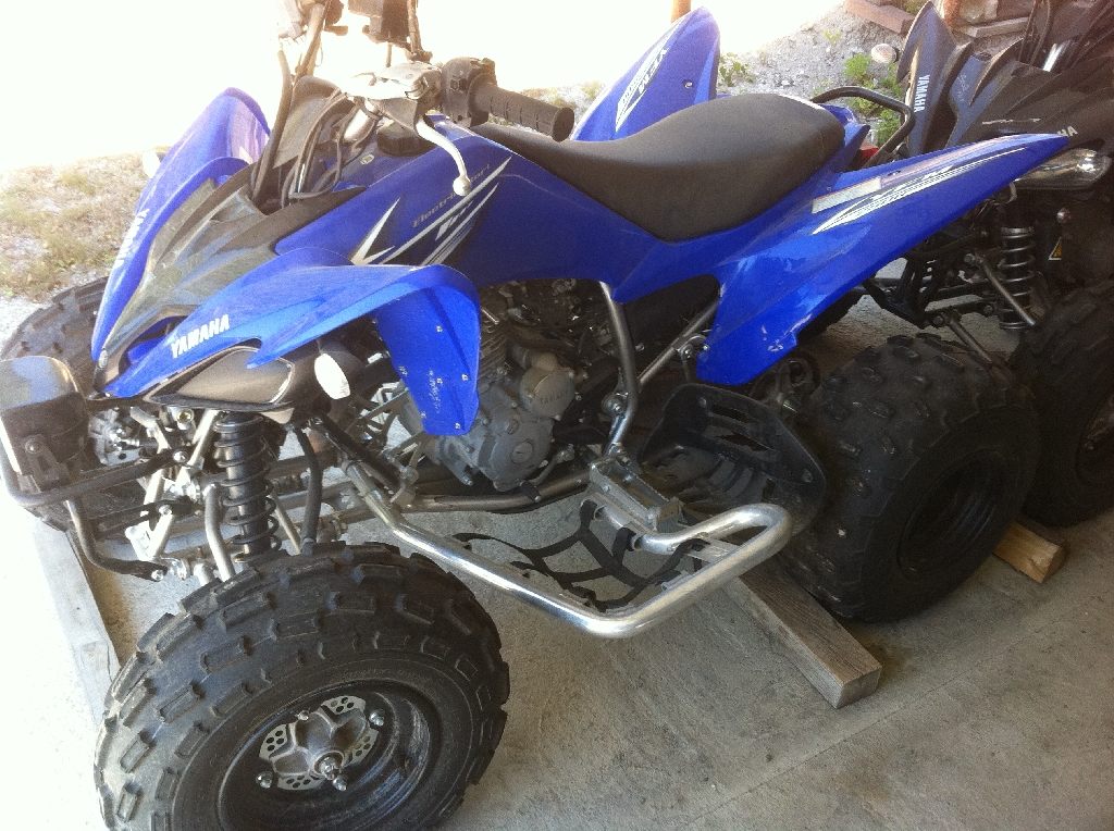 yamaha yfm 250 r raptor 2009 d occasion 11130 sigean aude 600 km 3 000. Black Bedroom Furniture Sets. Home Design Ideas