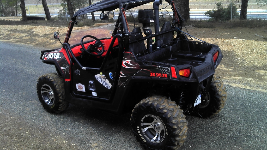 polaris ranger rzr 800 2012 d occasion 34290 servian h rault 1 950 km 16 900. Black Bedroom Furniture Sets. Home Design Ideas