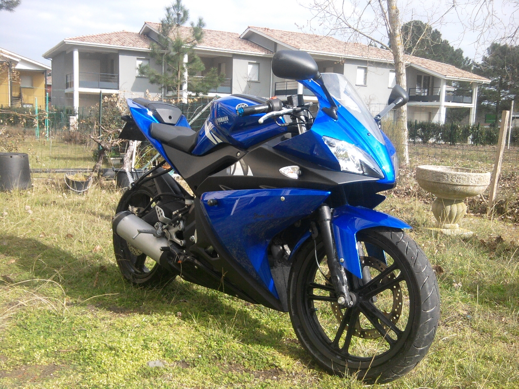 yamaha yzf r125 2008 d occasion 33780 soulac sur mer gironde 12 000 km 2 300. Black Bedroom Furniture Sets. Home Design Ideas