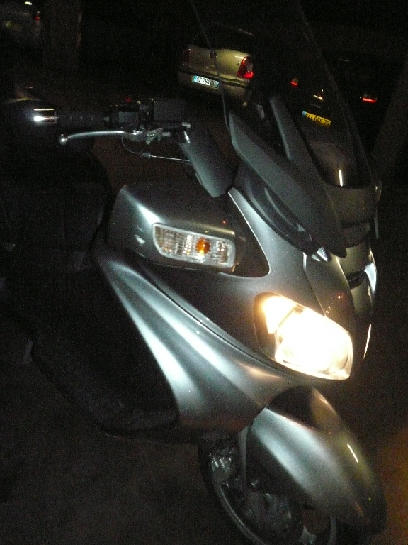 SUZUKI Burgman 650 EXECUTIVE ABS  2010 photo 3