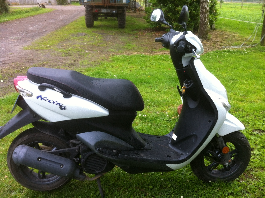 yamaha neo 39 s 2012 d occasion 59000 lille nord 1 800 km 1 500. Black Bedroom Furniture Sets. Home Design Ideas