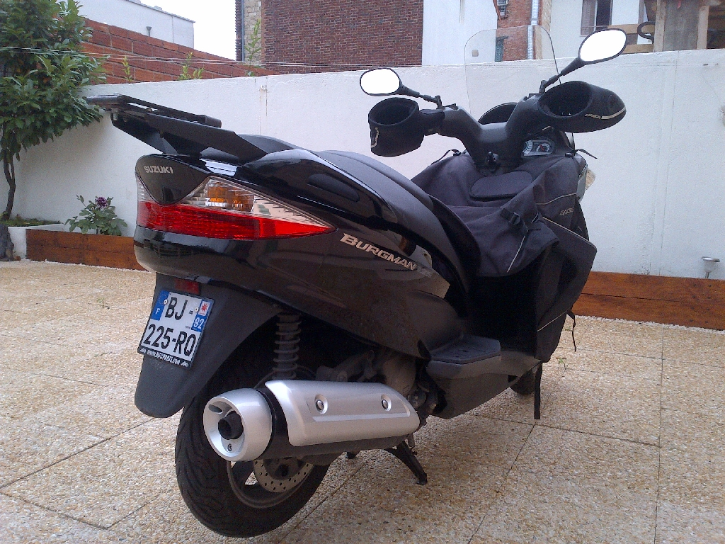 SUZUKI Burgman 125  2011 photo 3