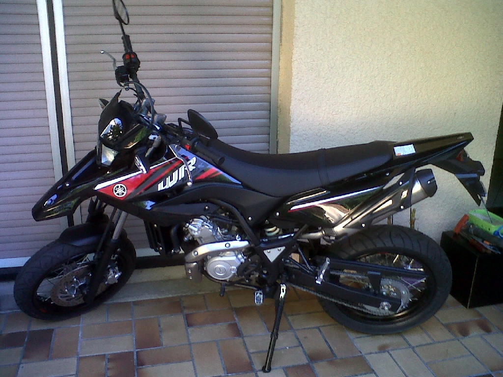 yamaha wr 125 x 2010 d occasion 33185 le haillan gironde 3 500 km 2 950. Black Bedroom Furniture Sets. Home Design Ideas