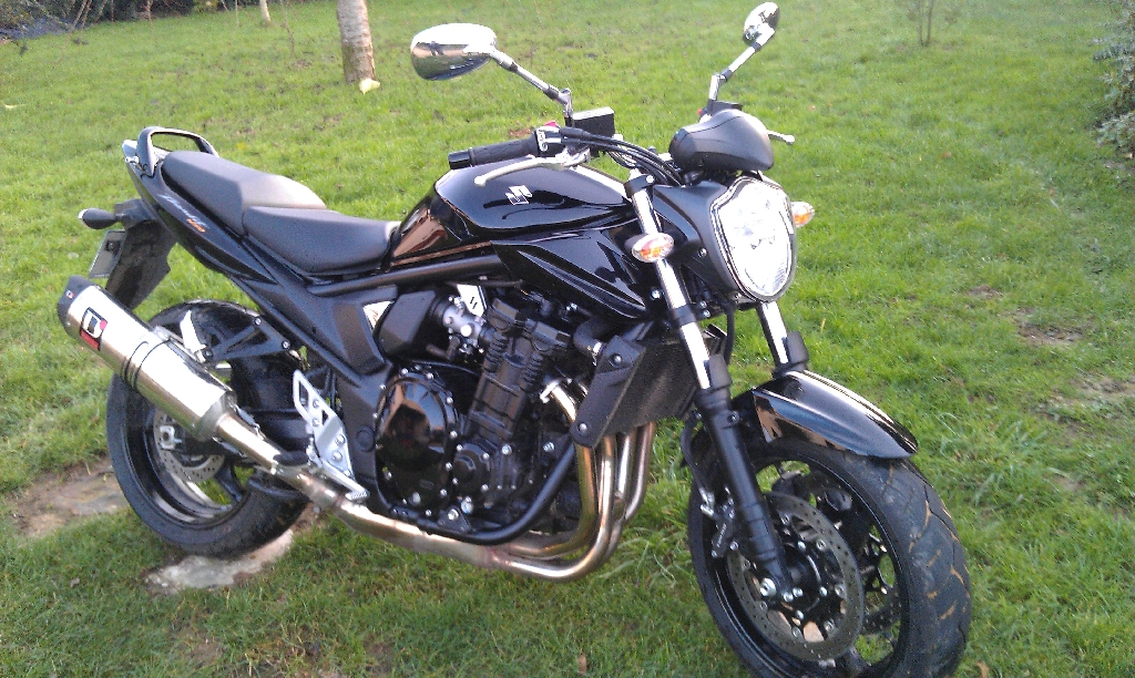 SUZUKI GSF Bandit 1250 N  2011 photo 1