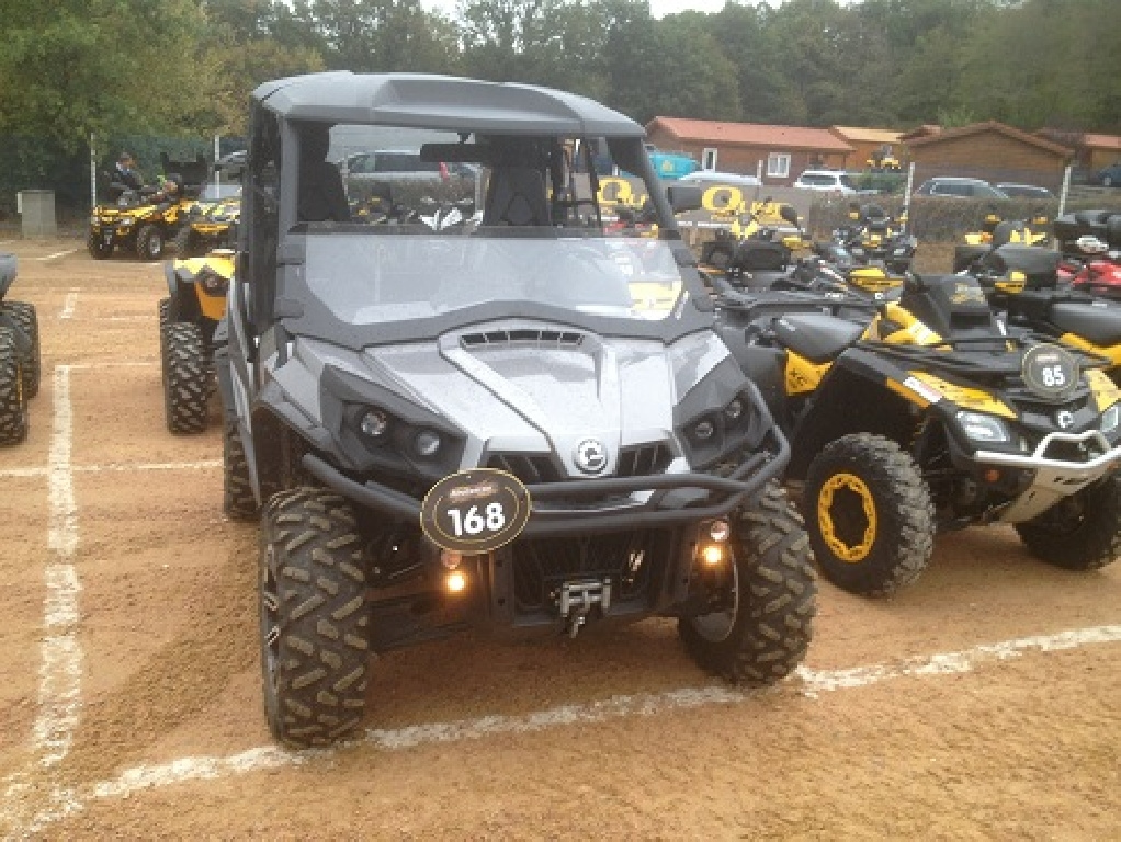 CAN-AM Commander 1000 limited 2012