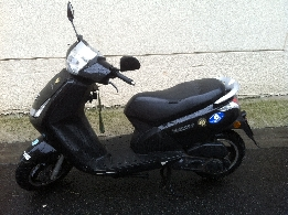 Scooter occasion : PEUGEOT Vivacity 50 roland garros