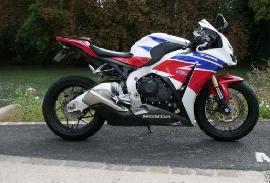 moto 1000 occasion moto 1000 cc annonce moto 1000 cm3 occasion. Black Bedroom Furniture Sets. Home Design Ideas