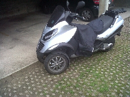 piaggio mp3 125 annonce scooter piaggio mp3 125 occasion. Black Bedroom Furniture Sets. Home Design Ideas