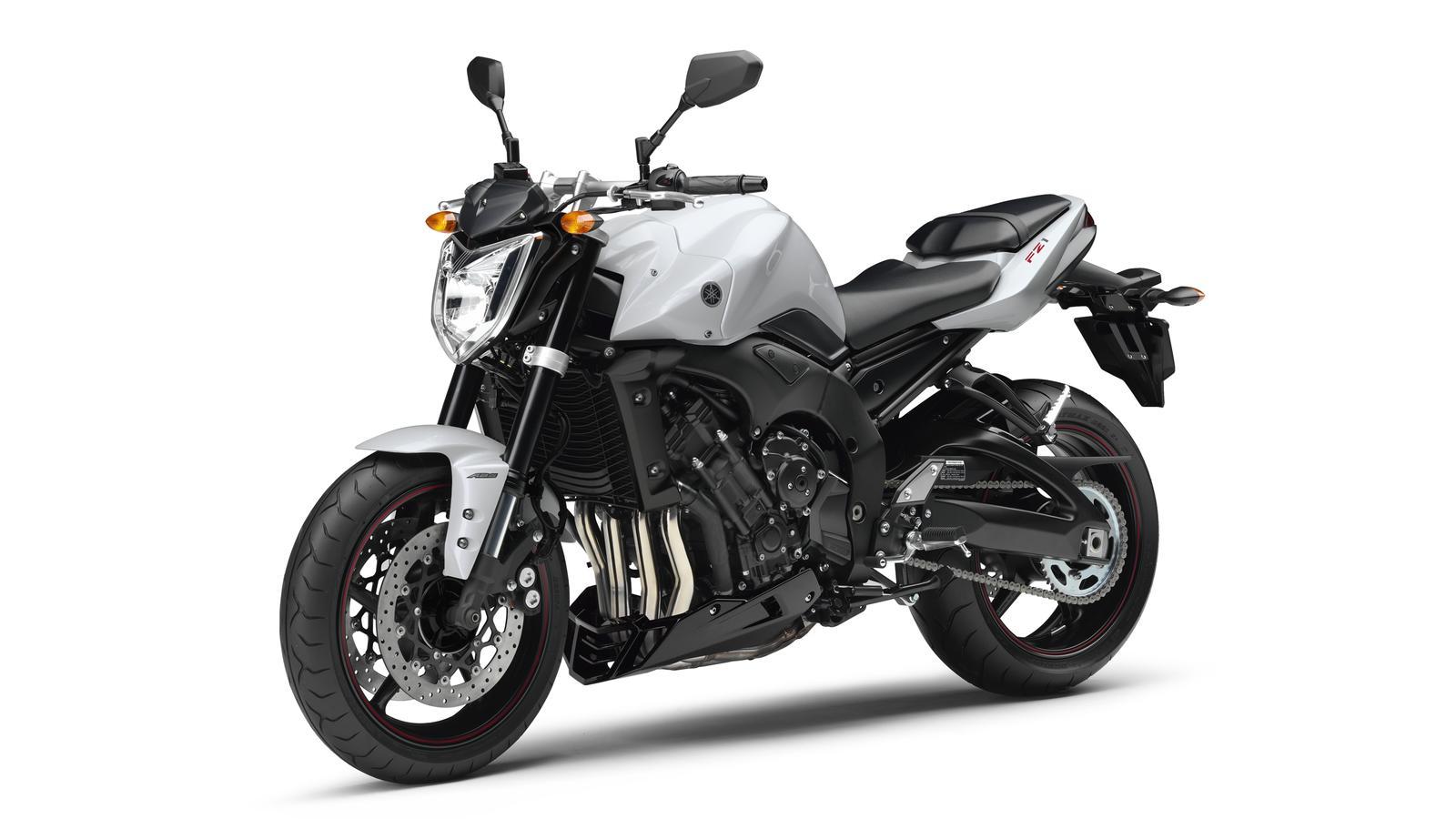 YAMAHA FZ1 FAZER 2011 1000 cm3 | moto routière | 25 000 km