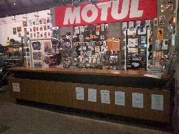 Concessionnaires moto derbi garages moto derbi magasins for Garage peugeot pringy