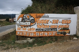 Concessionnaire / Garage / Magasin Moto, Scooter, Quad, Buggy / SSV 4 TRACES  à SAINTE MAXIME